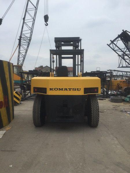 Komatsu 15 tonne crane